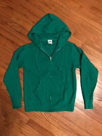 New XS Men's (or small woman's) zip hoodie  Gales Ferry, 06335