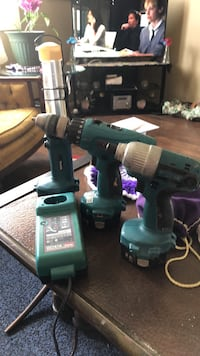 green and black cordless power drill Akron, 44310
