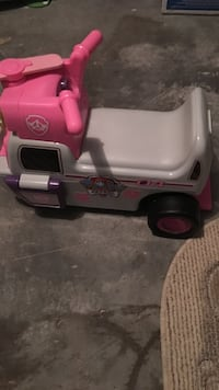 toddler's gray and pink ride-on toy Martinsburg, 25405