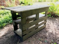 Kitchen Island from wood pallets STAINED Sooke