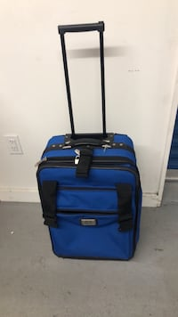 "20"" Carry on luggage very strong good condition"
