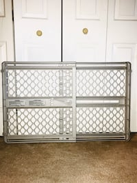 2 Baby expandable gate