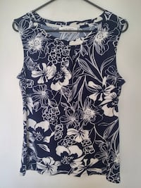 Floral Pleated-Front Sleeveless Top M Vancouver