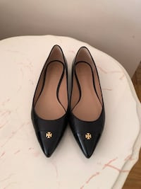 Brand New Tory Burch Pointy Toe Flats - 7.5 Stoney Creek, L8G 3N3