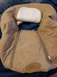 Cozy cover infant carseat cover. Warm!