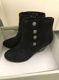 pair of black suede booties Santa Clarita, 91354
