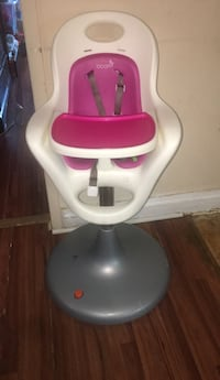 baby's white and pink high chair New York, 11434