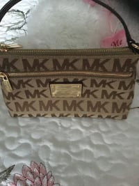 brown monogram Michael Kors sling bag Las Vegas, 89147