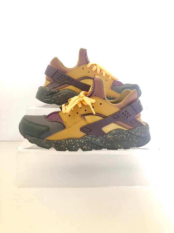 29a132db1fcd Used Nike Huaraches Gold   Purple for sale in London - letgo