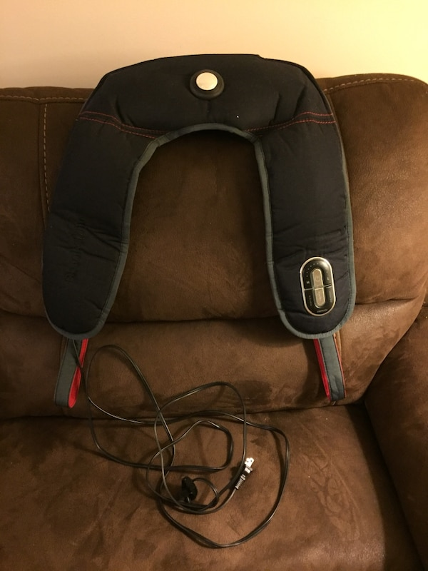 Neck and shoulder massager with heat (brookstone) fd2bfea3-0537-4a82-9785-22d92c8bb166