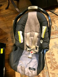 baby's black and gray car seat carrier Upper Marlboro, 20774