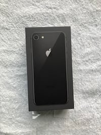 iPhone 8 - Brand New 11 km
