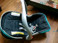 baby's black and blue car seat carrier Victorville, 92395