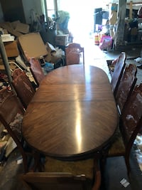 Dining Room Table with Leaf and 8 Chairs Culpeper, 22701
