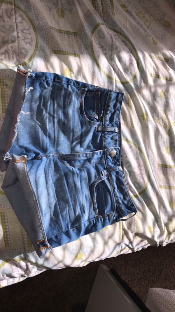 American Eagle jean shorts 0