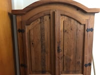 Wooden Cabinet - Armoire Roselle Park, 07204