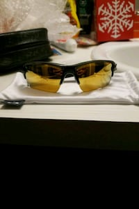 Black&Gold Oakley flak 2.0 Denver, 80203