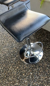 2 bar stools for sale in great condition 30$ each Surrey, V4P 1W8