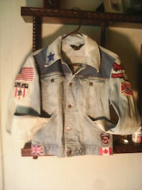 SUPER COOL VINTAGE WOMAN'S JEAN JACKET Neptune City, 07753