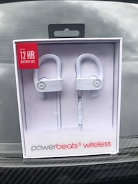 Brand New Bluetooth Power Beats! Never Opened!!! Mississauga, L5V 2P7