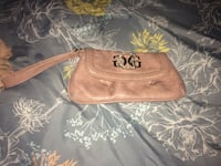 Guess clutch  Pitt Meadows, V3Y 1M8