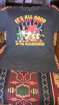 Looney Tunes large vintage fun t shirt used but good condition no tears or stains  Mount Prospect, 60056