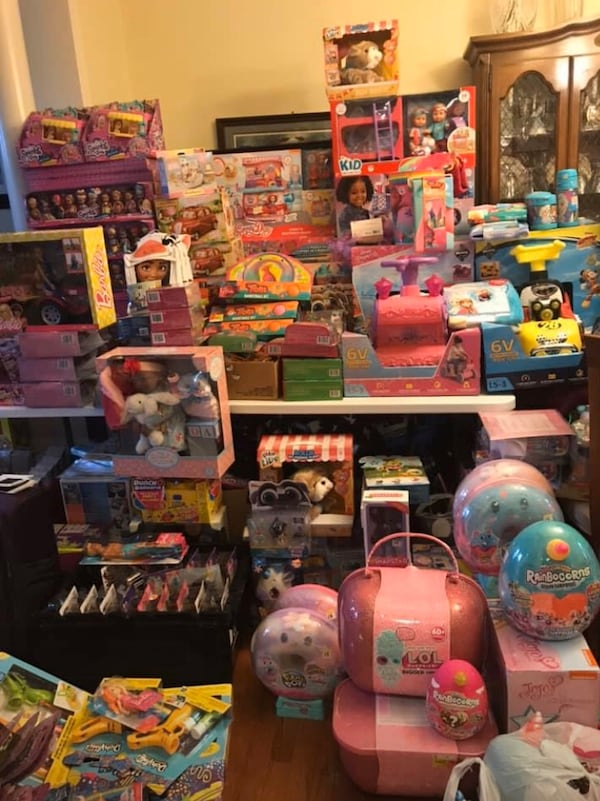 Toy sale - porch pickup. Ask for photos! bb5dff76-a984-4c4c-ae81-f256d47bbf2b