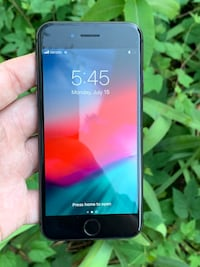 Factory Unlocked iPhone 8 64gb