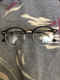 Ray ban non prescription glasses Mississauga, L5N 2S9