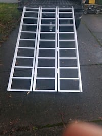 Collapsible ramp