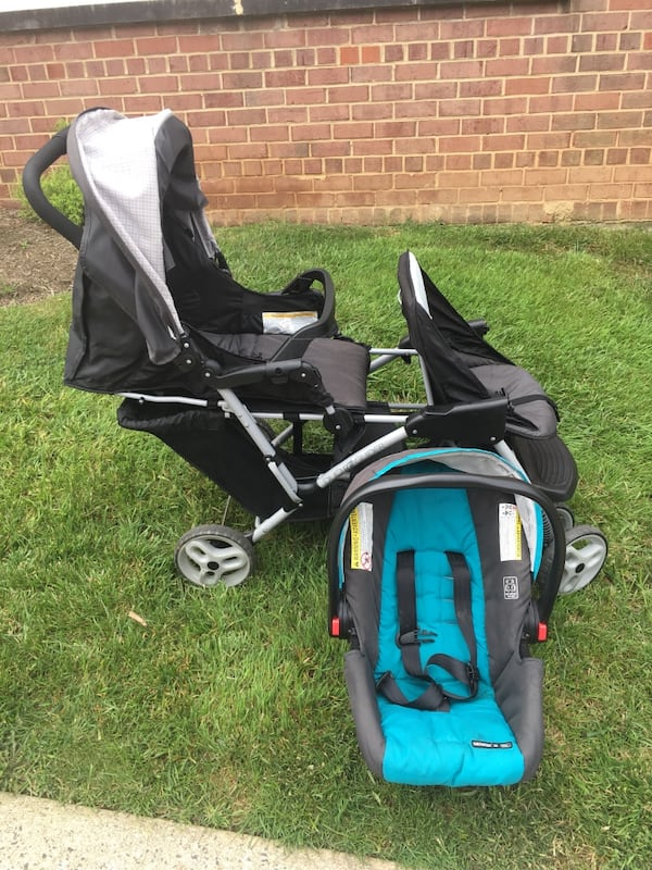 Graco DuoGlider click connect stroller and car seat with bases. a7fee319-09b8-4eb6-982d-9bb51d651b1c