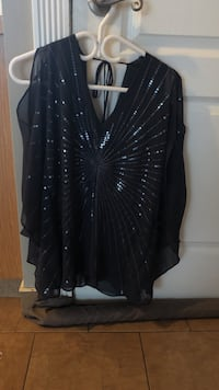 Women's sequinned silver and black blouse Calgary, T3J 4R1