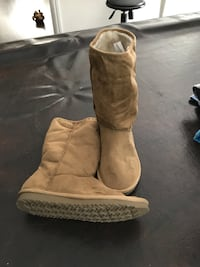 Brown Boots Size ladies 5 almost new
