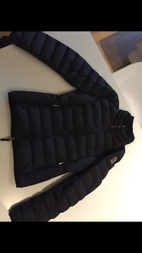 Svart zip-up boble jakke 6098 km