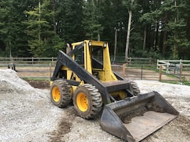 New Holland Skid steer L780