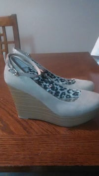 Used Womans Wedges For Sale In San Antonio Letgo