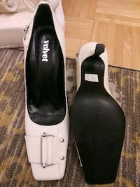 NEW Women's white patent leather high heel shoes