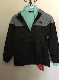 Brand new North face girls jacket size 10/12 with removable liner. Lombard, 60148