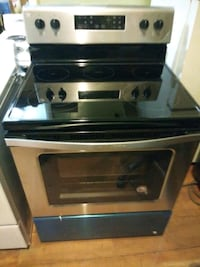 New whirlpool 30in Stainless steel electric stove  Bronx, 10469