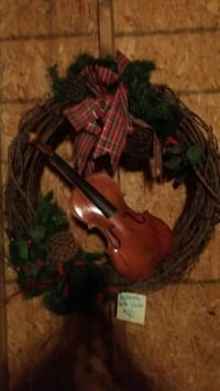 Christmas Wreath ~ Large with violin & pine cones