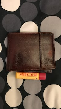 Roots leather wallet  Richmond Hill, L4S 1T8