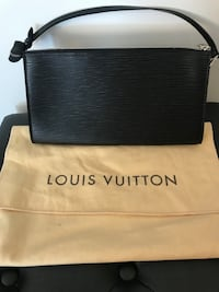 Prada & Louis Vuitton Purses Calgary, T2H 2W7