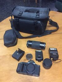 black Canon DSLR camera set Central Okanagan, V1W