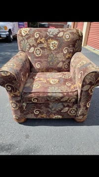 Brown Patterned Accent Chair  Woodbridge, 22192