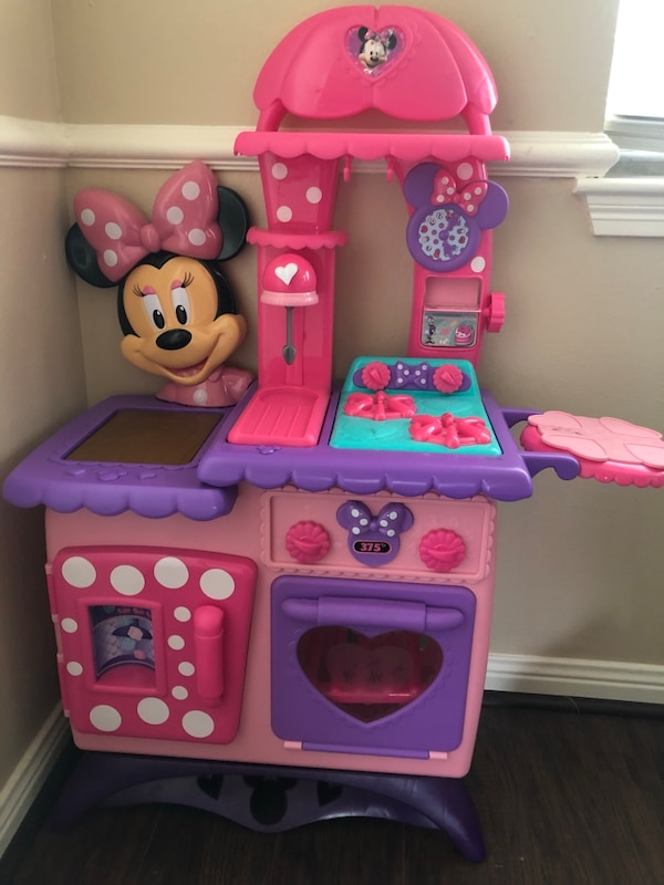 Used Pink And Purple Minnie Mouse Kitchen Play Set For Sale In