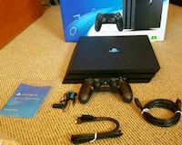 PS4 Pro(Includes everything, Barely Used) New York
