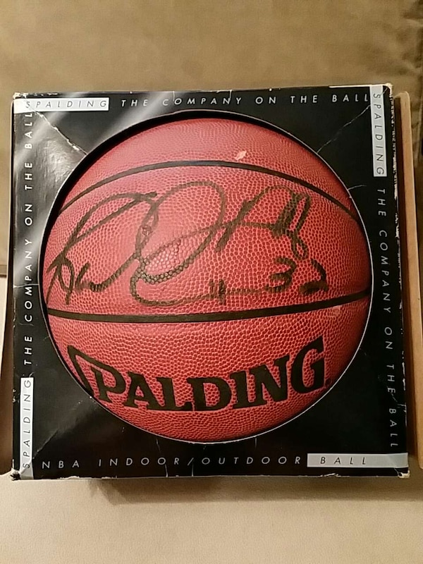 9d3301fab55425 Used KARL MALONE SIGNED BASKETBALL for sale in Kannapolis - letgo