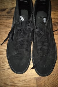 Off the wall back vans size 10  Grand Rapids, 49503
