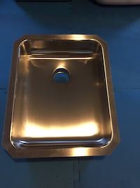 Rectangular stainless steel kitchen sink Innisfil, L9S 0H8