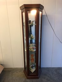 "In great condition 75"" tall 17"" wide 4 tier glass display cabinet  Vacaville, 95687"